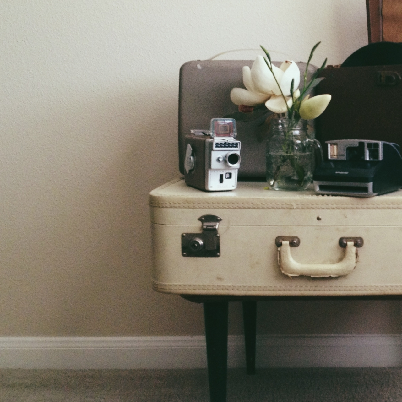 Just some still life at home <br /> <br /> #21DaysWORLD #HoustonTX #vscocam M2...