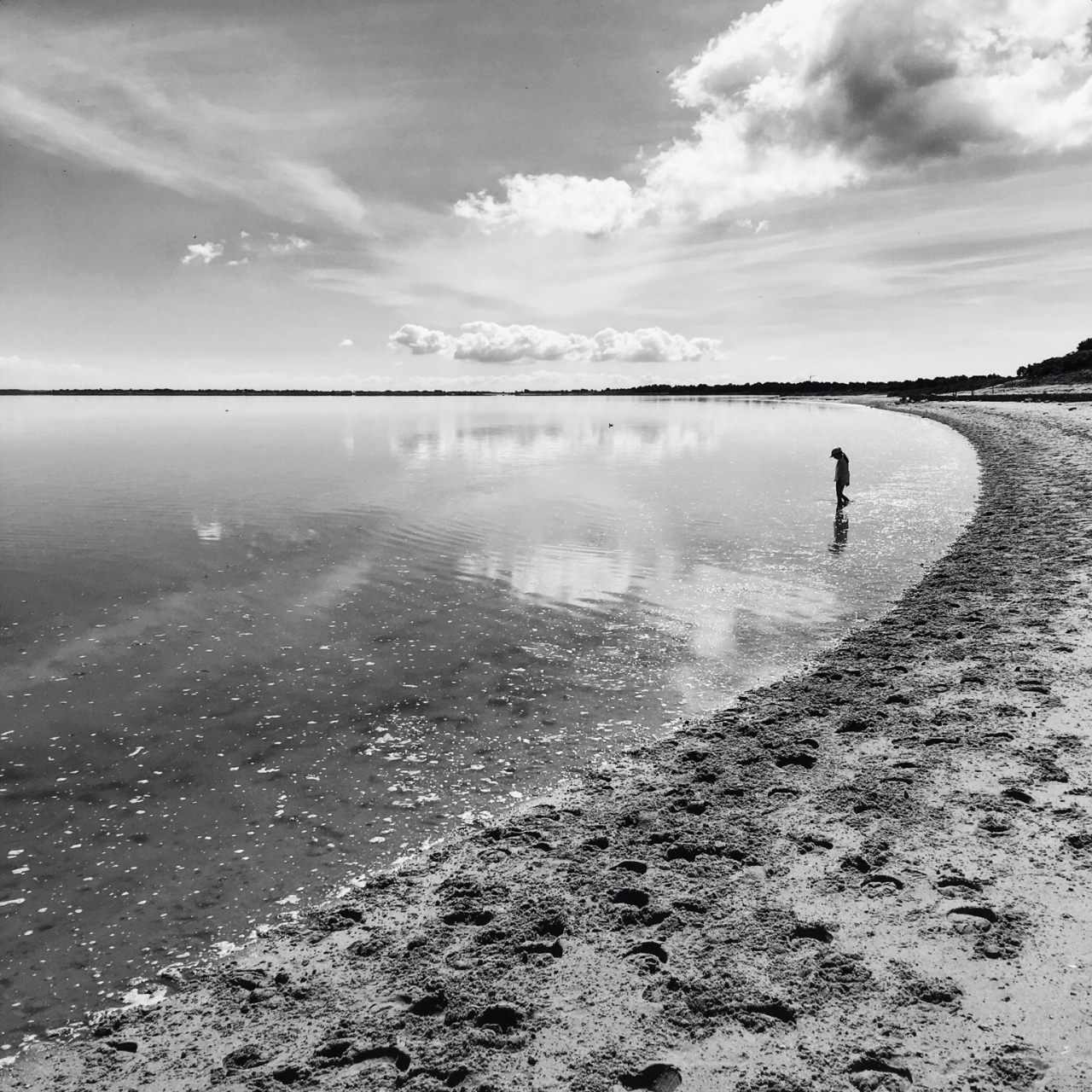 Silent bay by Mik